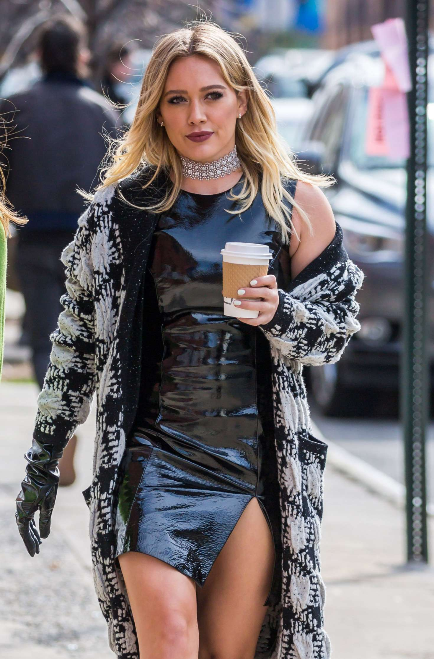 Hilary Duff 2015 : Hilary Duff on the set of Younger -22