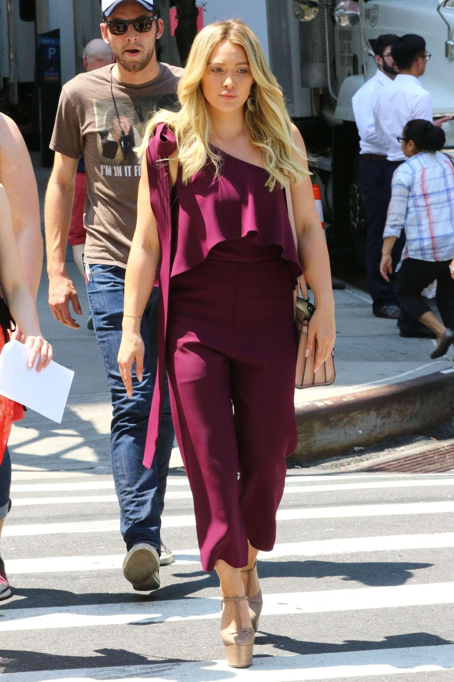 Hilary Duff 2017 : Hilary Duff on Younger Set -02