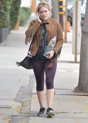 Hilary Duff in Tight Leggings -05