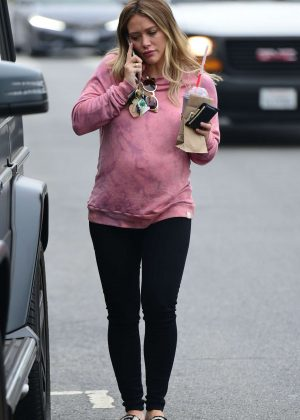 Hilary Duff - Out for a breakfast in Los Angeles