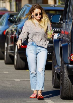 Hilary Duff out for a coffee in Studio City