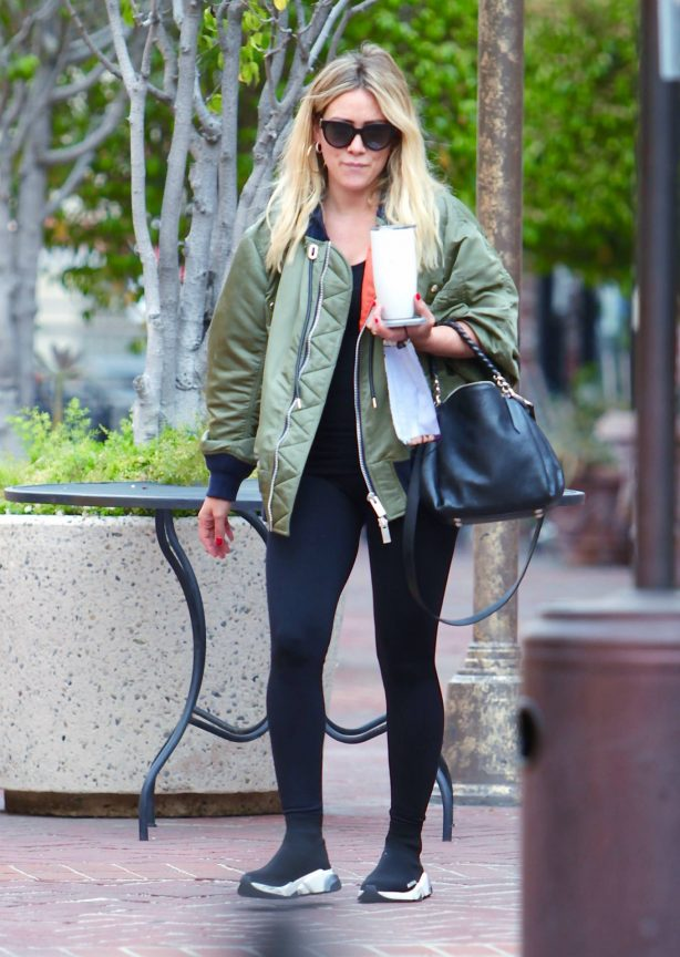 Hilary Duff - out for a drink in Los Angeles