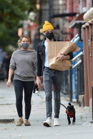 Hilary Duff - Out for a shopping in NYC