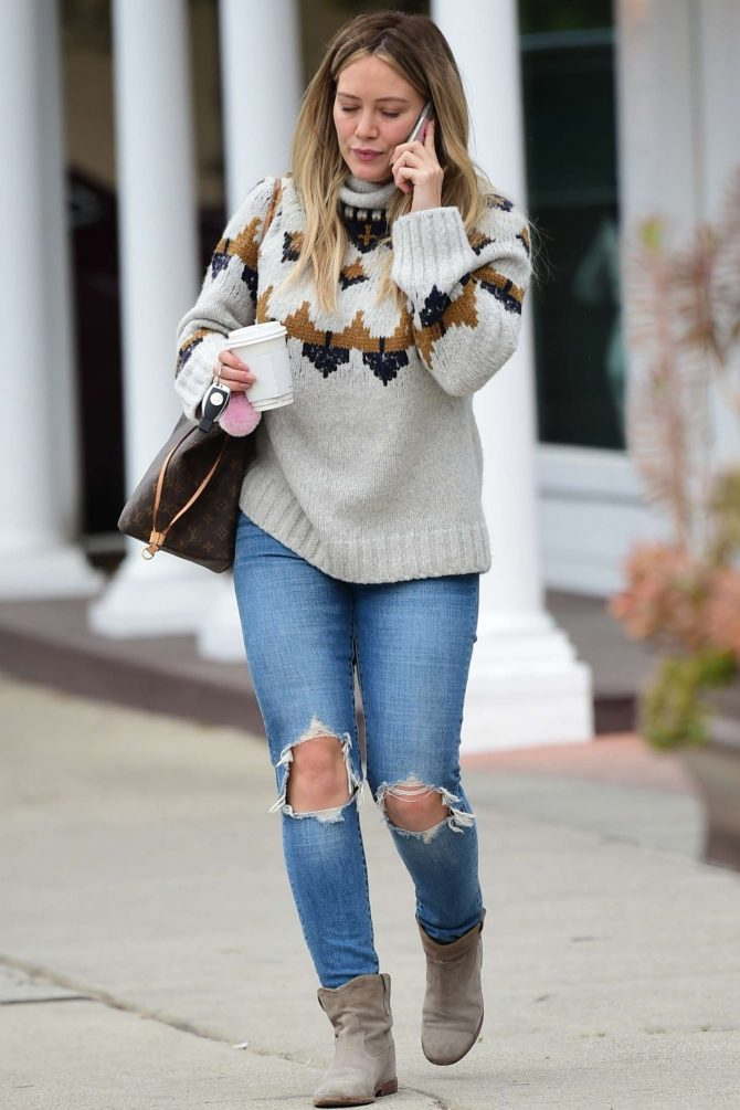 Hilary Duff – Out for coffee in Sherman Oaks