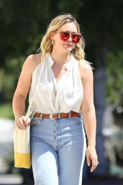Hilary Duff - Out for coffee in Studio City