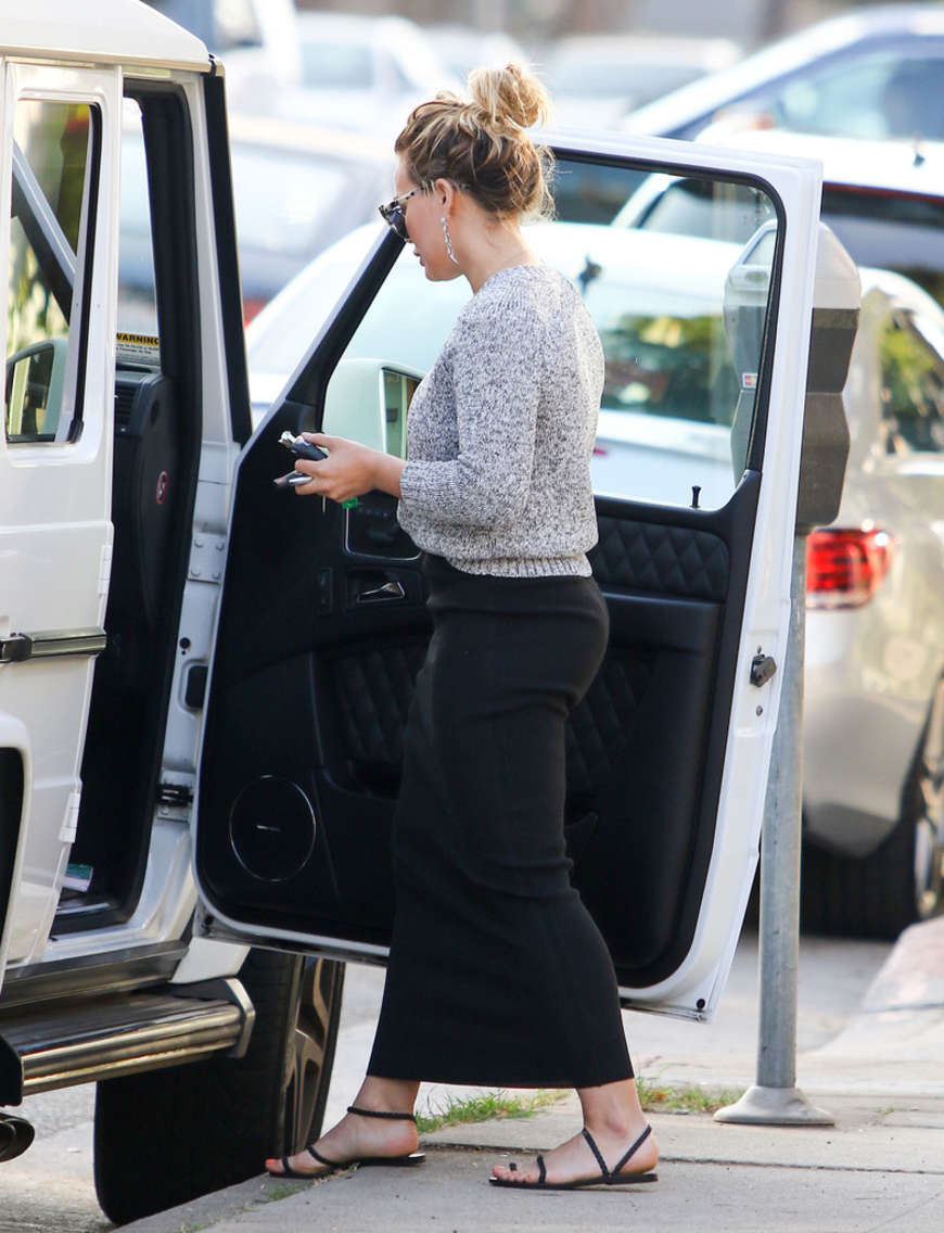 Hilary Duff - Out for dinner in Studio City