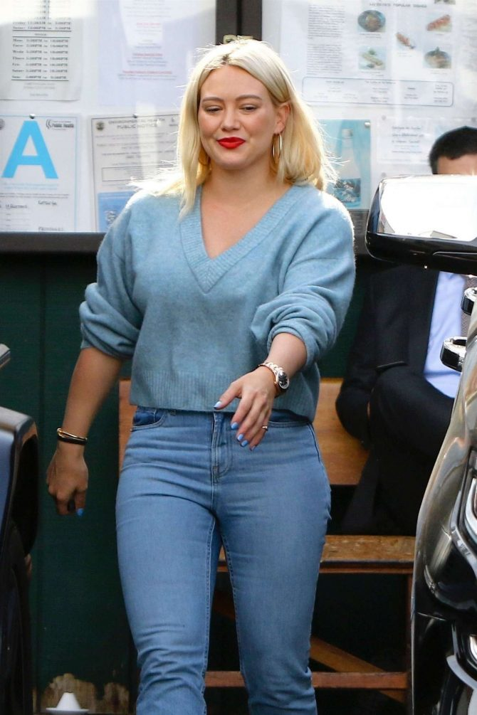 Hilary Duff - Out for lunch in Studio City