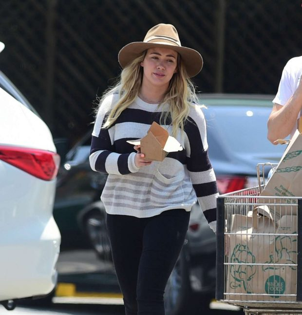 Hilary Duff: Out in Los Angeles-13