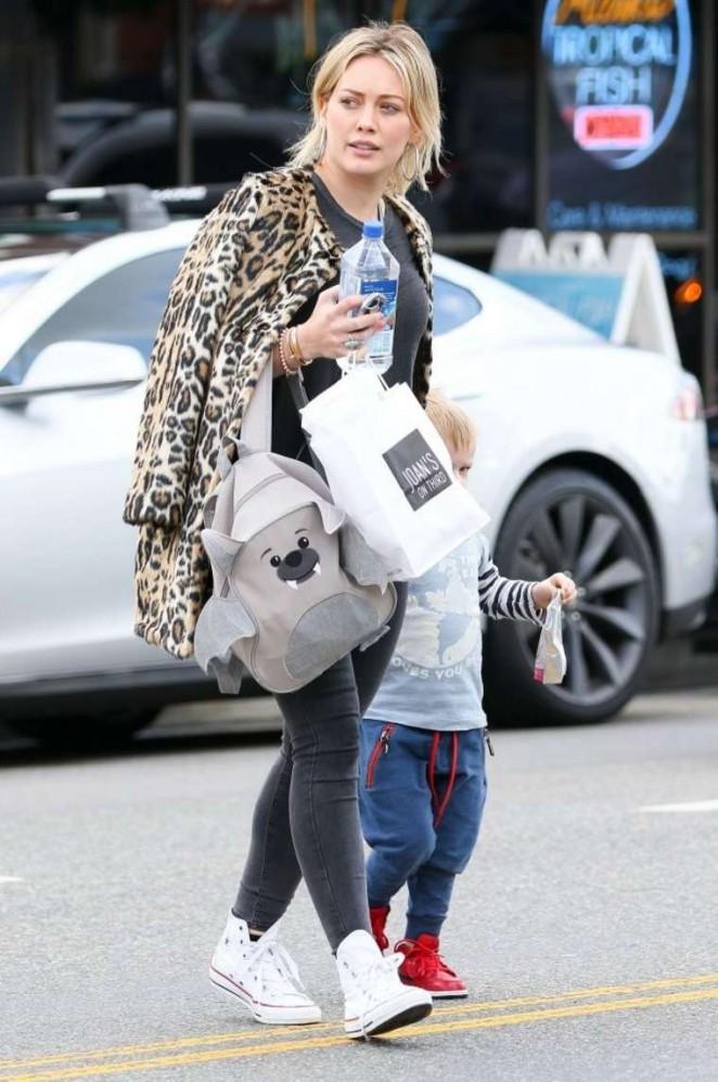 Hilary Duff in Leopard Print Coat -04
