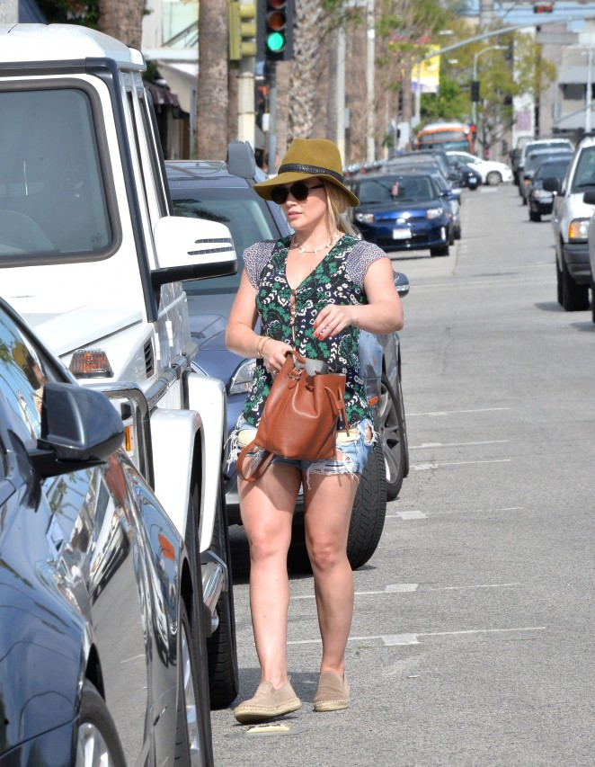 Hilary Duff: out in West Hollywood -10