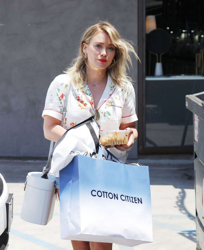 Hilary Duff out shopping in Beverly Hills