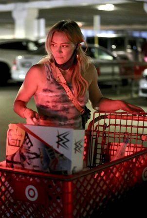 Hilary Duff - Outside Target in Los Angeles