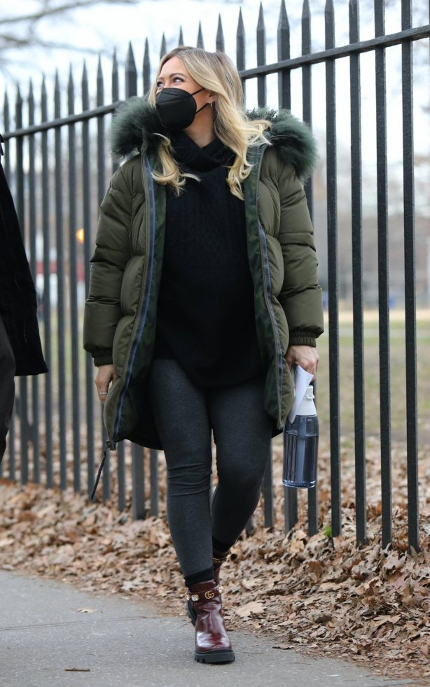 Hilary Duff - Seen at the Younger set in Brooklyn