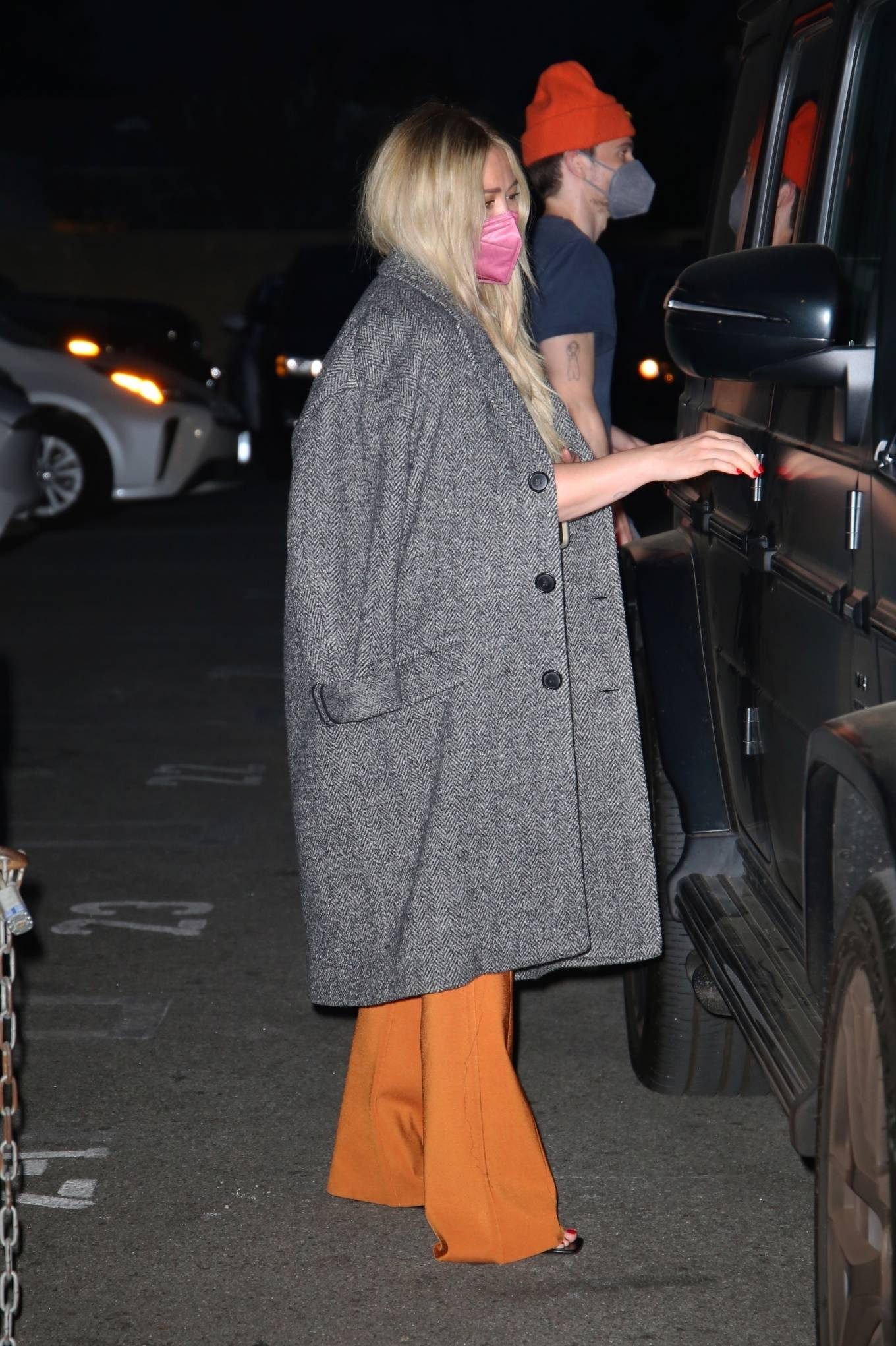 Hilary Duff 2021 : Hilary Duff – Seen leaving Matsuhisa restaurant in Beverly Hills-07