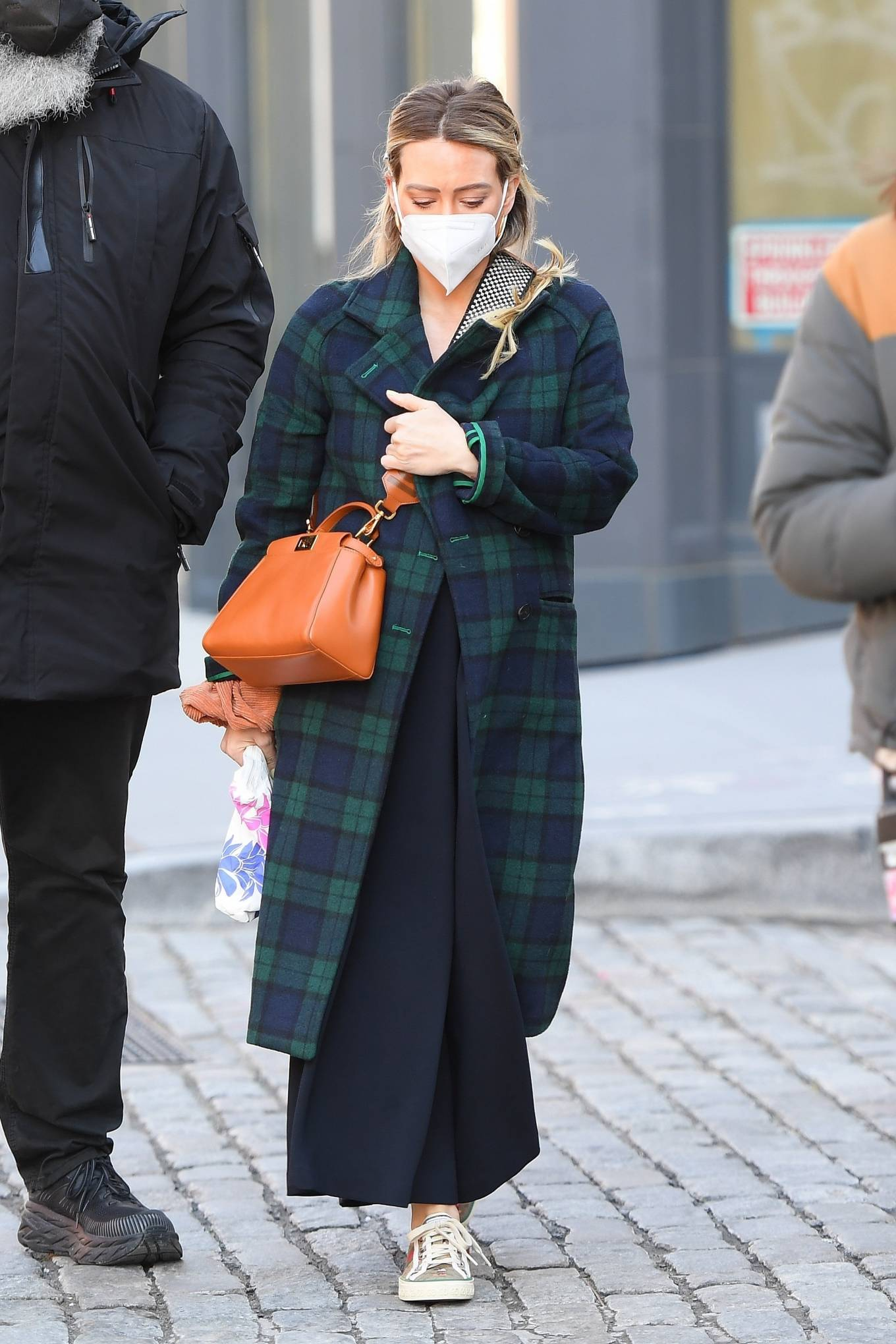 Hilary Duff - Seen on the 'Younger' set in SoHo