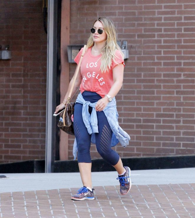 Hilary Duff - Seen out in Beverly Hills