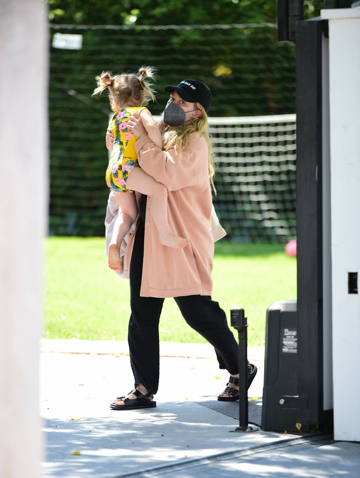 Hilary Duff 2021 : Hilary Duff – Seen out with her daughter in Los Angeles-10