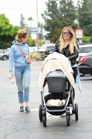 Hilary Duff - Seen while out with her kids and a friend in LA