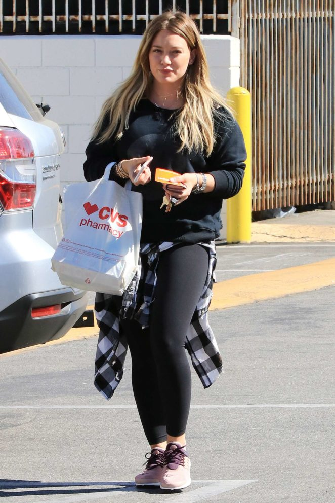 Hilary Duff Shopping at CVS in Los Angeles