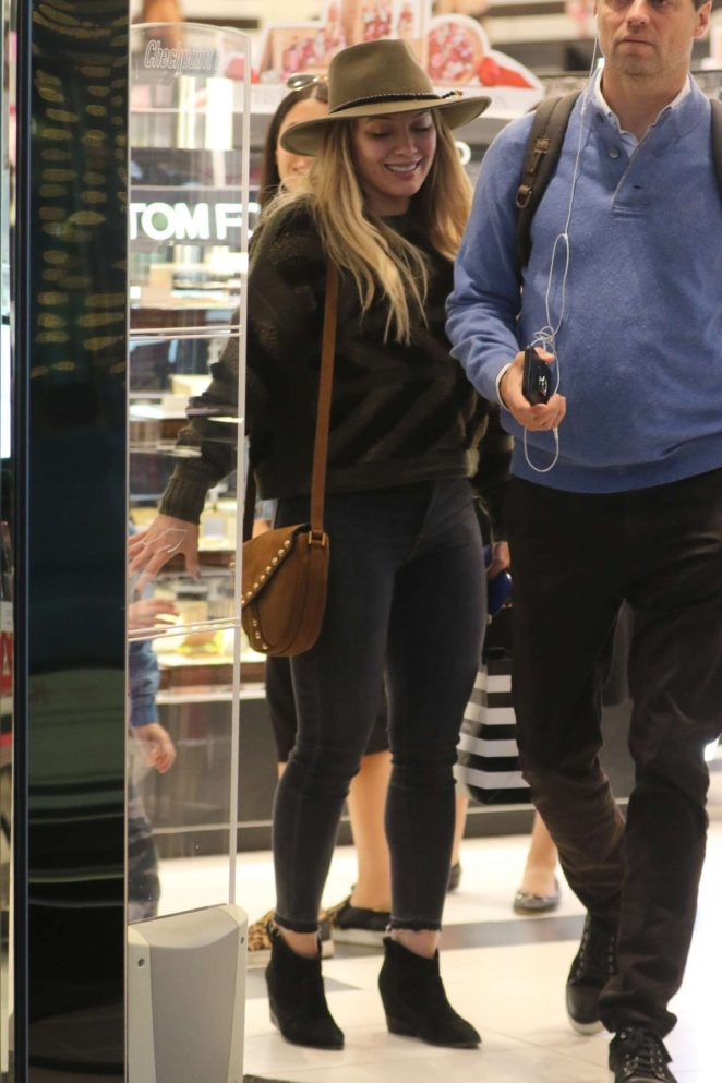 Hilary Duff - Shopping at Sephora in Beverly Hills