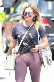 Hilary Duff - Shopping at Switch Boutique in Bel-Air
