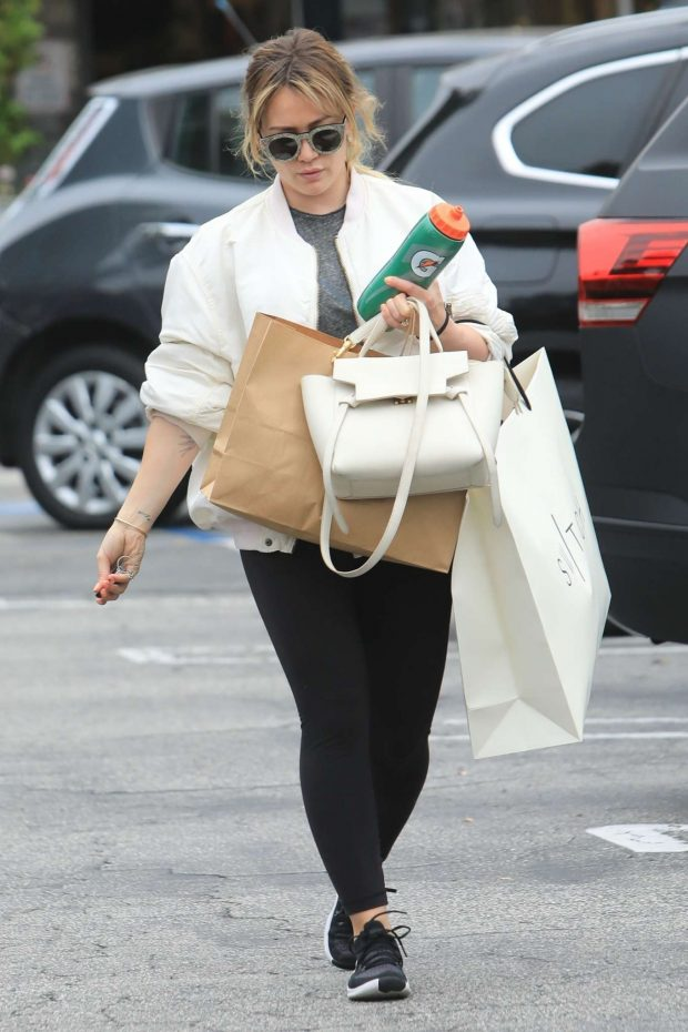 Hilary Duff: Shopping in Beverly Hills-03