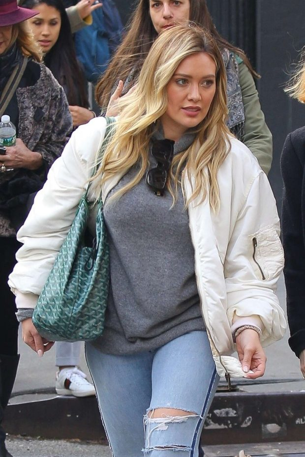 Hilary Duff - Shopping in NYC