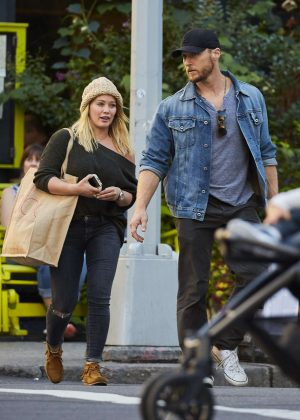 Hilary Duff Shopping With Boyfriend Jason Walsh in NYC