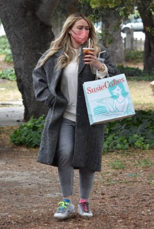 Hilary Duff - Steps out for a walk through Studio City
