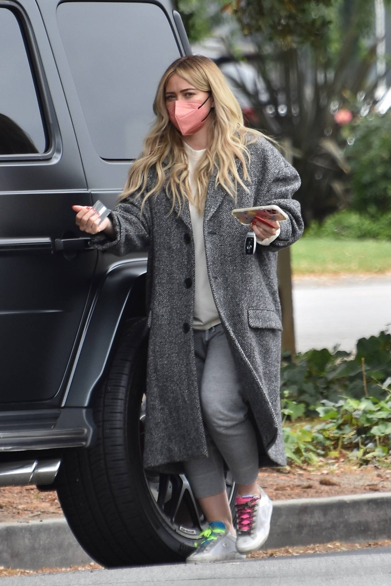 Hilary Duff 2021 : Hilary Duff – Steps out for a walk through Studio City-05