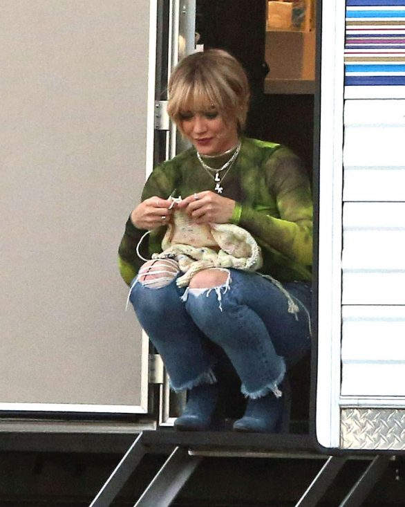 Hilary Duff 2019 : Hilary Duff – Takes a break while filming Lizzie McGuire-06