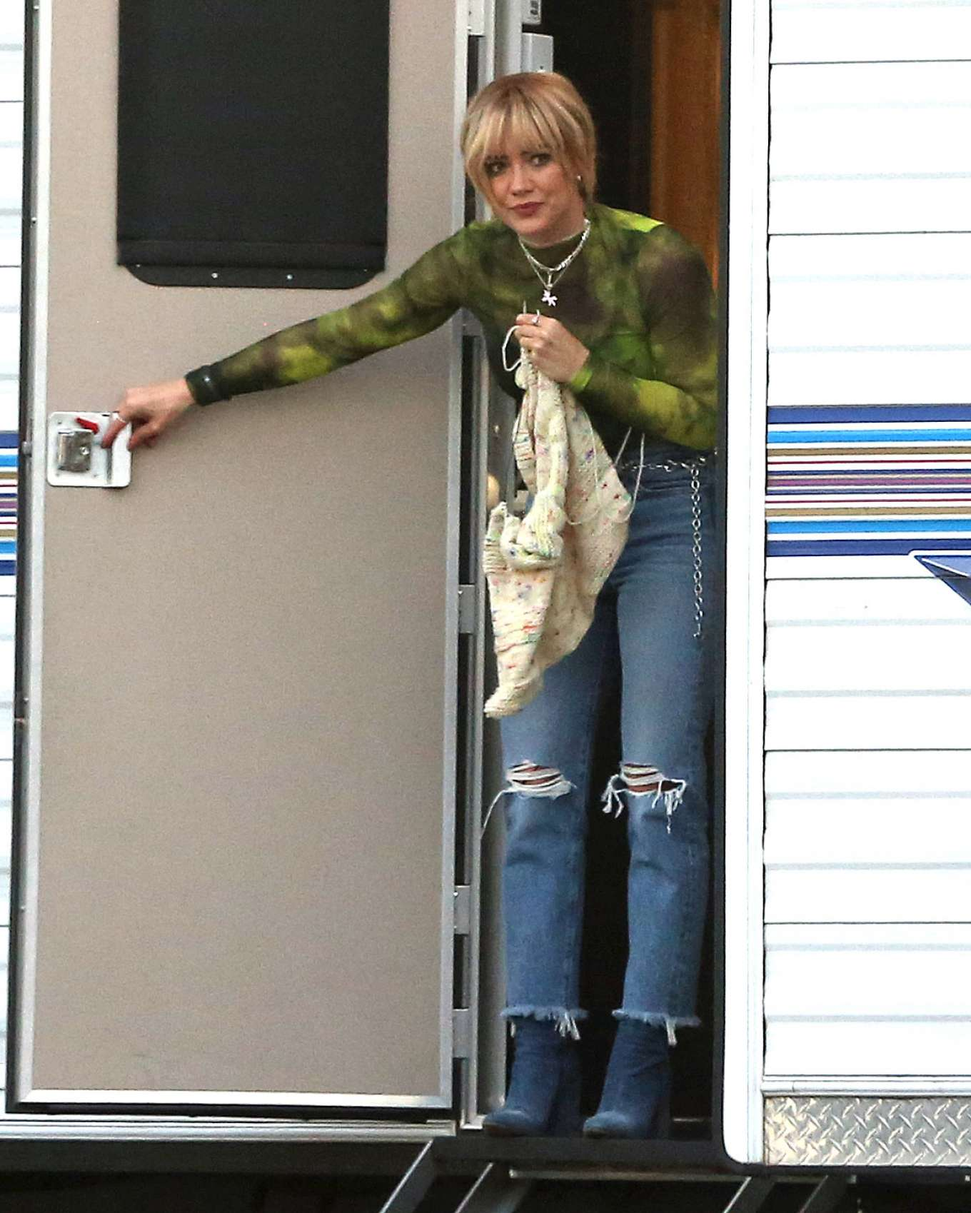 Hilary Duff 2019 : Hilary Duff – Takes a break while filming Lizzie McGuire-08