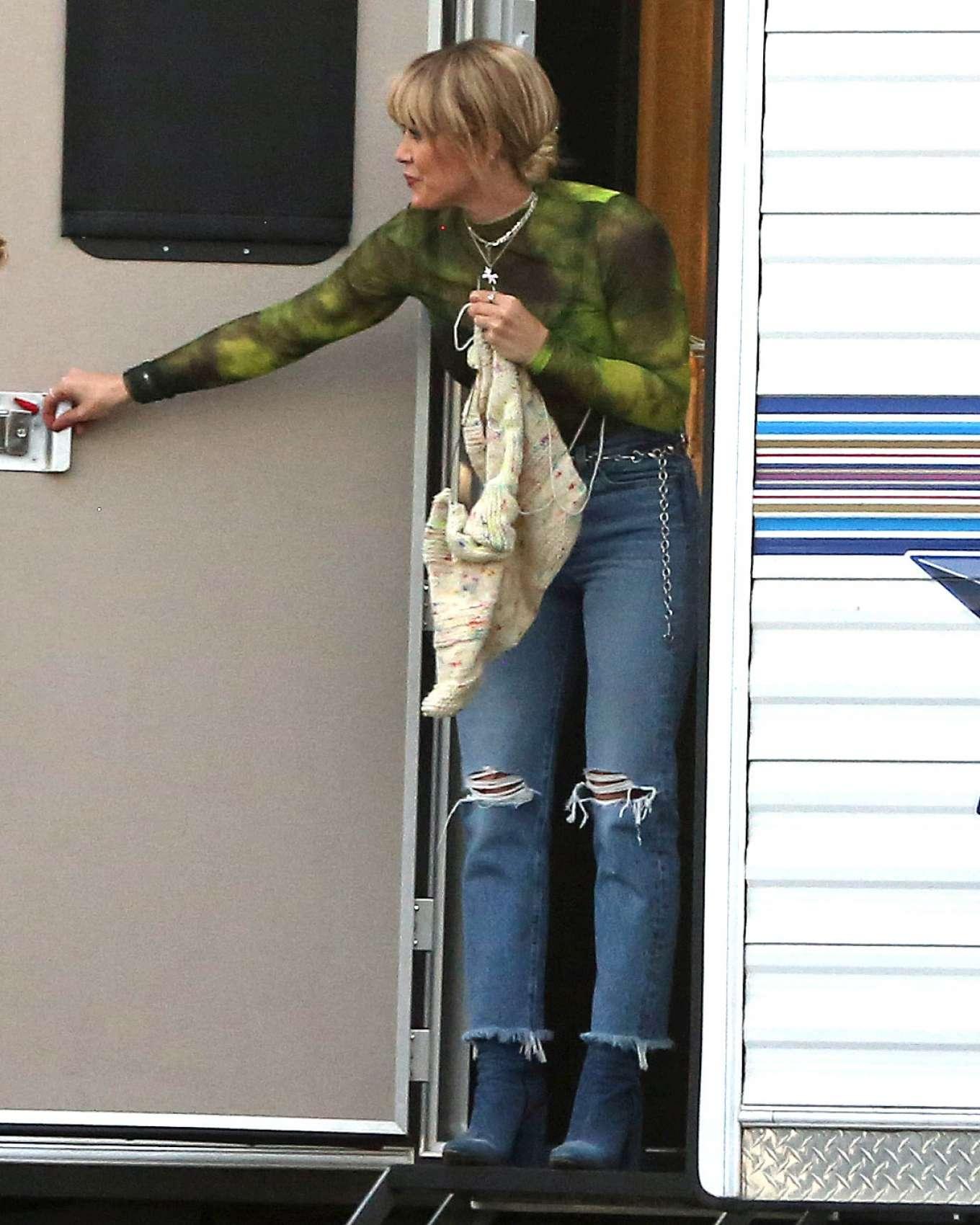 Hilary Duff 2019 : Hilary Duff – Takes a break while filming Lizzie McGuire-14