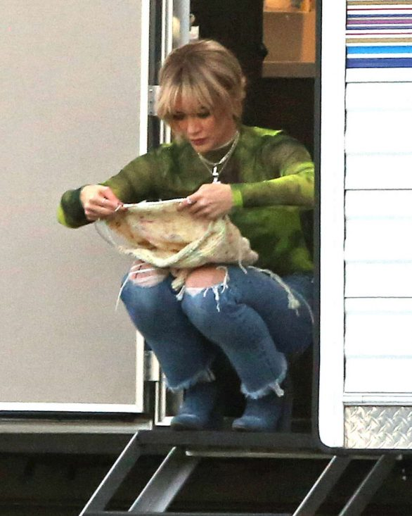 Hilary Duff 2019 : Hilary Duff – Takes a break while filming Lizzie McGuire-15
