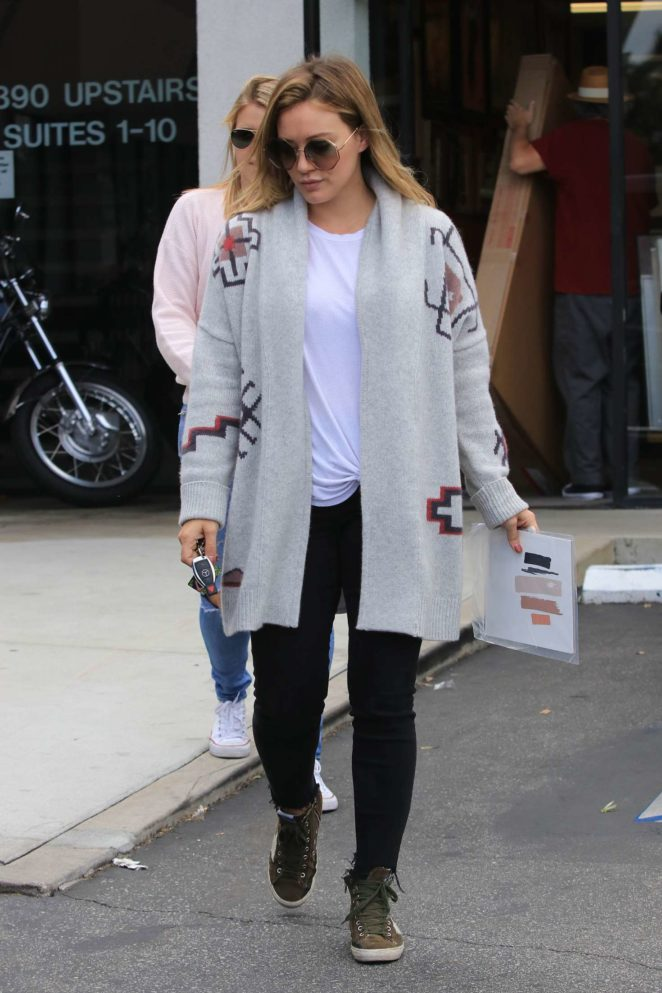 Hilary Duff – Visits a frame store in Studio City