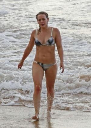 Hilary Duff in a Bikini -13