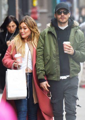 Hilary Duff with boyfriend Matthew Koma - Christmas shopping in NYC