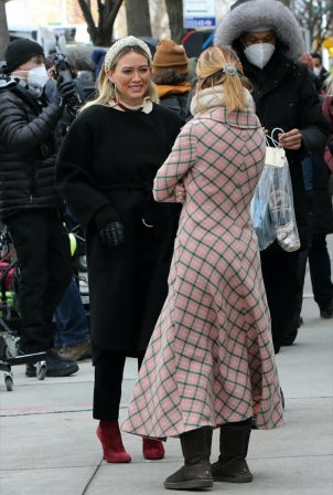 Hilary Duff - With Molly Bernard filming 'Younger' in Downtown