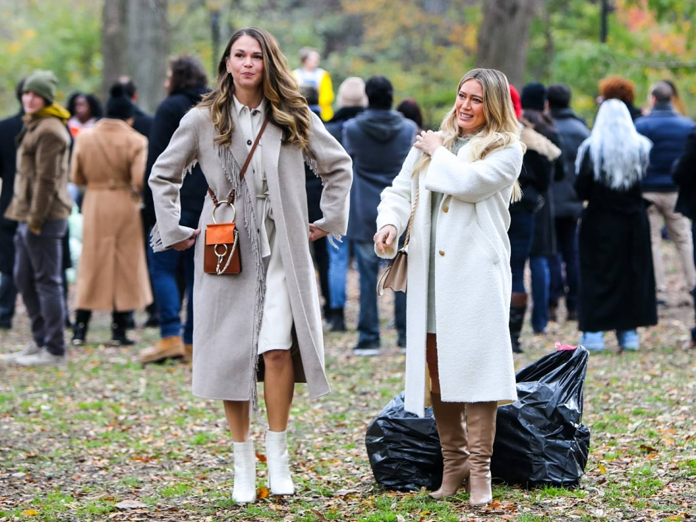Hilary Duff 2020 : Hilary Duff – With Sutton Foster At the film set of the Younger TV Series in New York-03