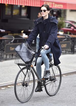 Hilary Rhoda bike ride in SoHo
