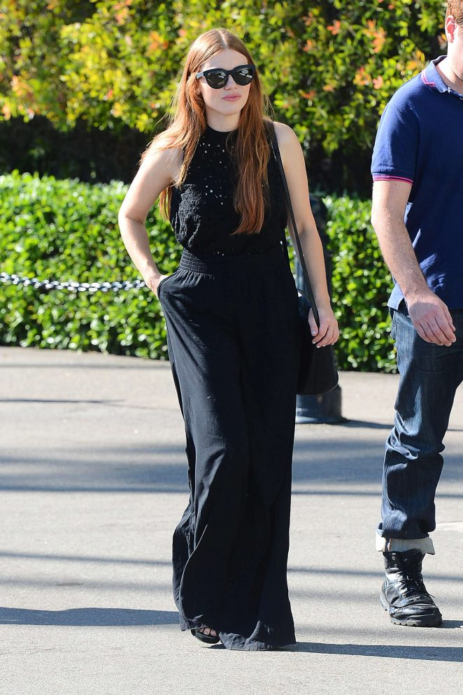 Holland Roden: Arrives to The Breeders Cup Race -01