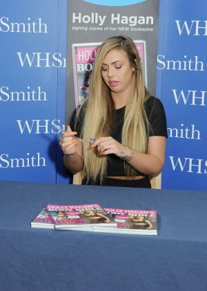 Holly Hagan: Signing copies of her latest bookazine
