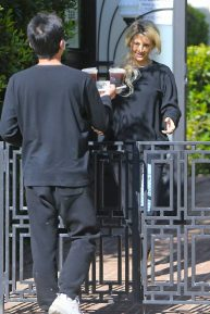 Holly Madison - Gets her delivery during the quarantine
