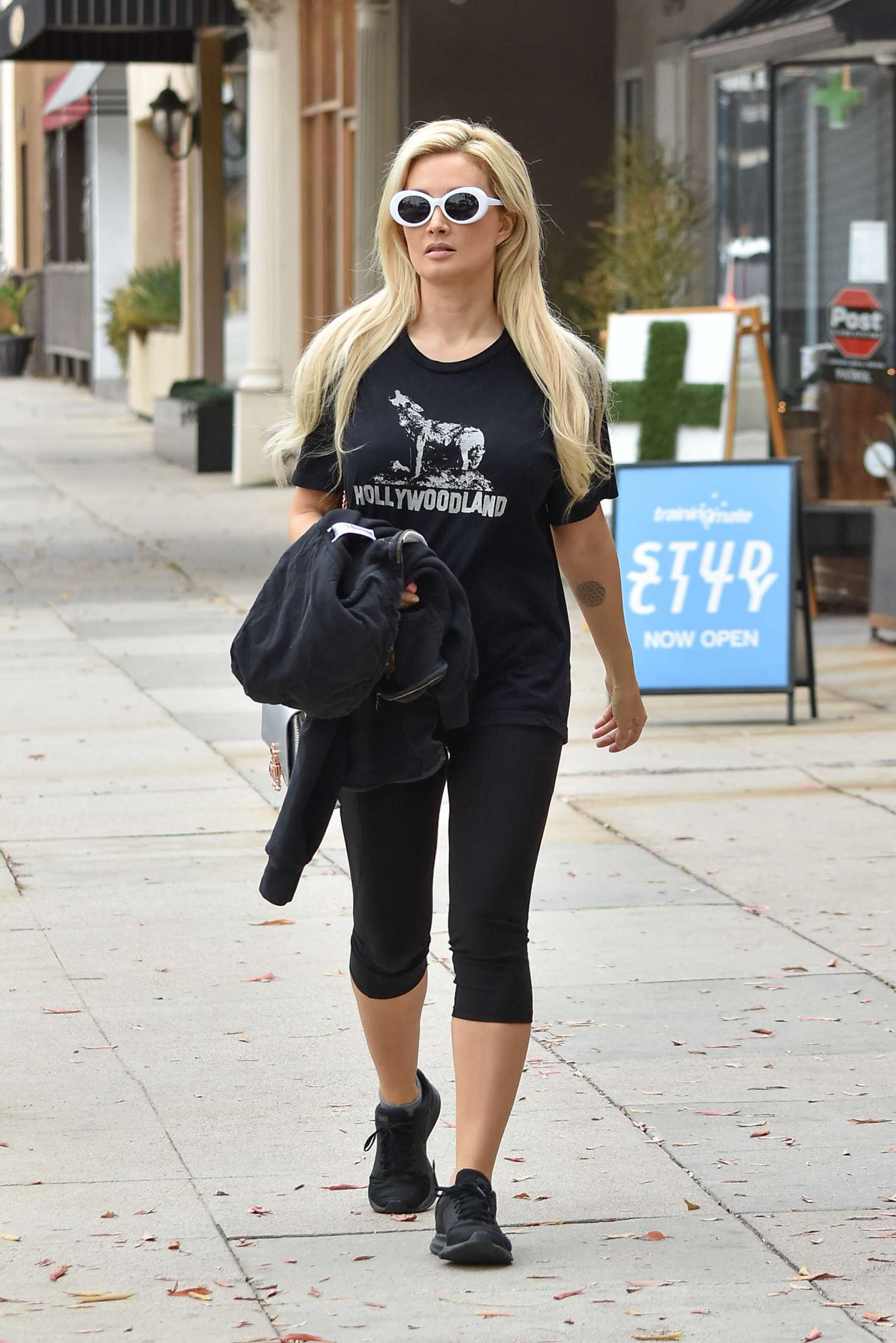 Holly Madison 2018 : Holly Madison in Leggings -04