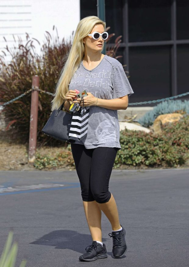 6f828c2eb07 Holly Madison in Tights – Out in Los Angeles – GotCeleb