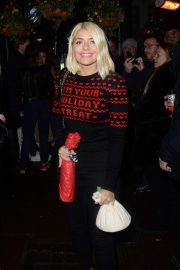 Holly Willoughby - Arrives at Piers Morgans Xmas Party in London
