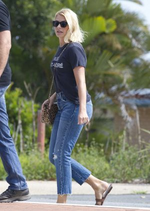 Holly Willoughby - Out and about in Australia
