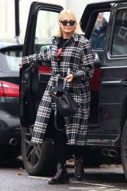 Holly Willoughby - Out and about in London