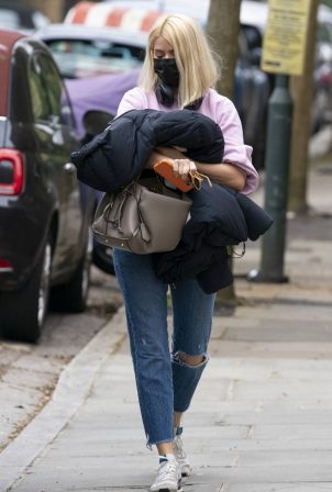 Holly Willoughby - Seen in south London