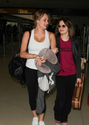 Hunter Haley King - Arriving at LAX Airport in LA